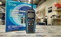 VHF Portatile GALLEGGIANTE ICOM IC-M25EU...